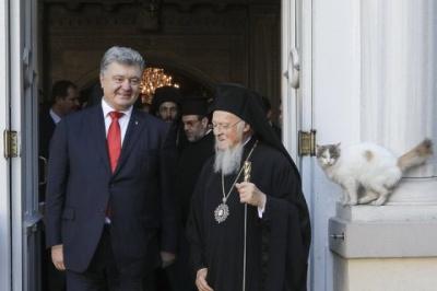 Порошенко прокоментував російські заяви про підкуп Вселенського патріарха