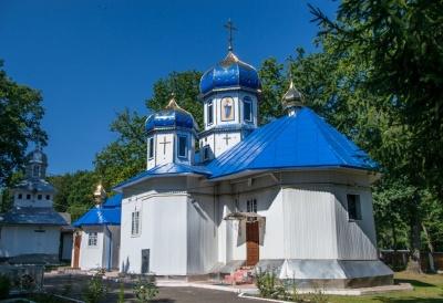 «Хотіли зірвати нам Різдво»: жителі Карапчева звинуватили УПЦ МП у крадіжці антимінсу