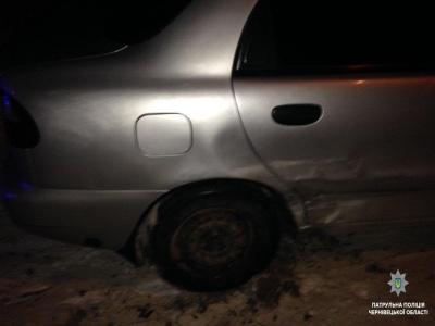 У Чернівцях патрульні затримали п'яного водія, який скоїв ДТП і втік - фото