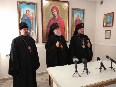 Православна церква України заперечила заяви про «суцільну українізацію» храмів