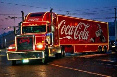 Сьогодні до Чернівців приїде славнозвісна вантажівка Coca-Cola