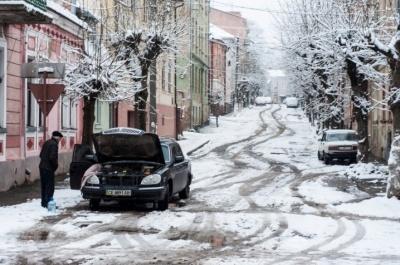 Покарати посадовців через неприбраний сніг: у Чернівцях чергова петиція назбирала голоси