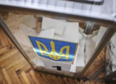 КВУ: кандидатам у президенти вигідно затягувати з реєстрацією у ЦВК