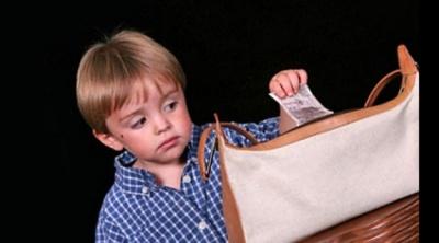 Що робити батькам, якщо дитина краде