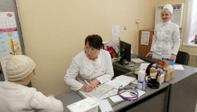 МОЗ дозволило лікарям укладати декларації понад ліміт