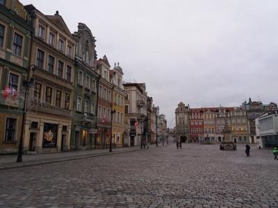 Великі знижки і чудові дороги: чим дивує Польща