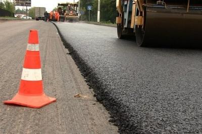Прем'єр розповів, скільки грошей буде виділено на відновлення місцевих доріг в 2019 році