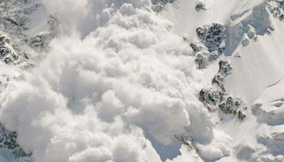 Рятувальники попереджають про лавини у Карпатах