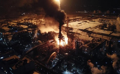 У Калуші ліквідували масштабну пожежу на хімічному заводі