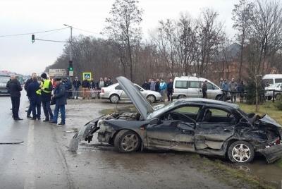 Де в Чернівцях стається найбільше ДТП: перелік небезпечних вулиць та перехресть