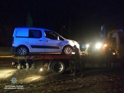 У Чернівцях п'яний водій врізався в мікроавтобус, одна людина постраждала