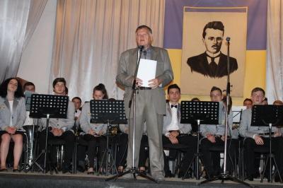У Снятині помер відомий письменник і видавець Володимир Карий