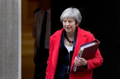 Британський парламент розгляне вотум недовіри уряду