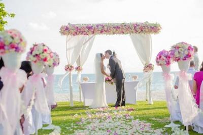 Чому на весіллях кричать «гірко»