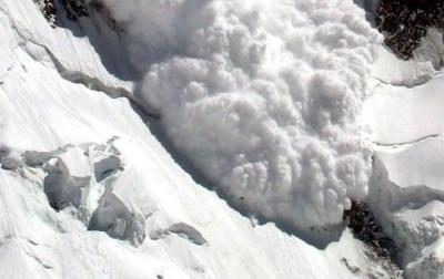 Синоптики попередили про небезпеку сходження лавин у горах Буковини