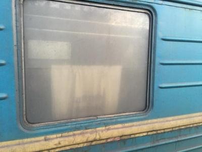 «Це пробите дно»: депутата шокував стан поїзда «Одеса-Чернівці» – фото