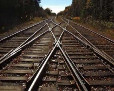 У Чернівцях поїзд смертельно травмував самогубця