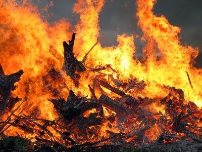 На Буковине в ночь на Крещение в пожаре погиб пожилой человек