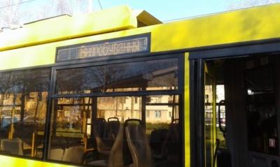 Тролейбус по вулиці Винниченка: у Чернівцях чергова петиція назбирала голоси