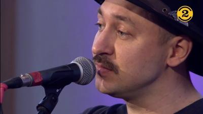 Артист из Черновцов представил украиноязычную песню на легендарном телепроекте в Голландии - видео