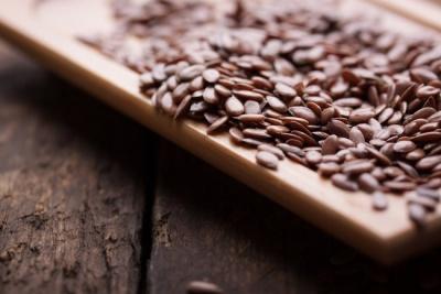 Як правильно вживати насіння льону для краси і здоров'я