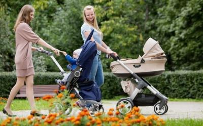 Мамі на замітку: як вибрати зручну прогулянкову коляску
