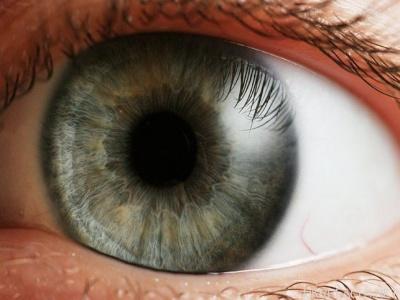 Чому з віком псується зір