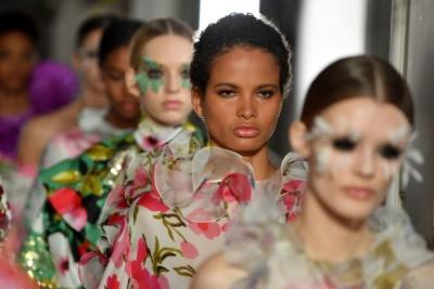 Райський сад: у Парижі показали неймовірну колекцію Valentino - фото