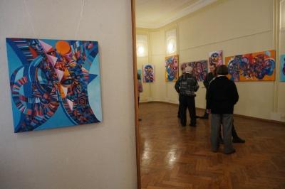 У Чернівцях представили виставку сучасного молдовського мистецтва - фото