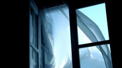 У Чернівцях студент-іноземець випав з балкону 4 поверху