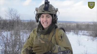 «Батьки не знали, що я пішла»: історія юної буковинки, яка служить в армії - відео