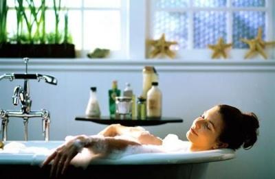 Гаряча ванна спалює стільки калорій, скільки 30 хвилин бігу, - результати досліджень