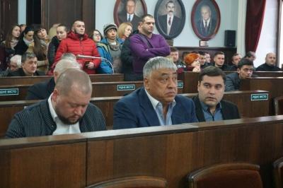 Скандал с рынком «Буковинским»: кто голосовал за выделение земли в аренду Чинушу