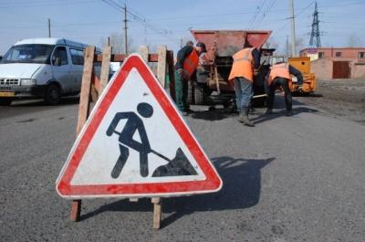 Бешлей анонсував відновлення ремонту доріг у Чернівцях