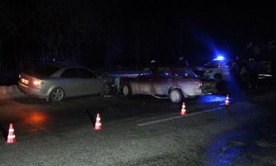 На Буковині внаслідок зіткнення двох легковиків загинула одна людина – фото