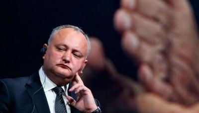 У Молдові ЦВК закликала Додона не втручатися у вибори