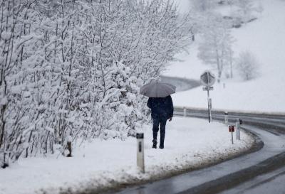 На Буковині штормове попередження — обіцяють сильний снігопад