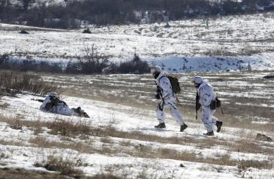 Сутки на Донбассе: боевики пять раз открывали огонь, один военный ранен