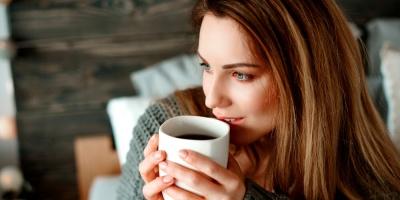 Як кава впливає на розмір жіночих грудей