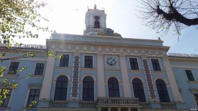 Скільки доган оголосили працівникам Чернівецької міськради від початку 2019 року