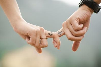 Назвали простий спосіб підсилити кохання у парі