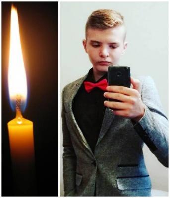 «Ти був одним із найкращих»: у мережі показали фото юнака, що вчинив самогубство у Сторожинці