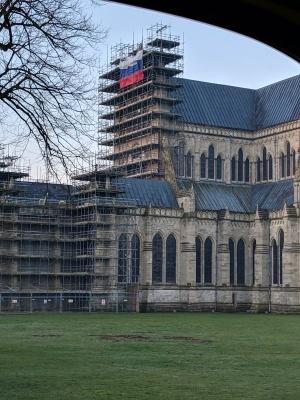 У Великій Британії невідомі вивісили російський прапор на Солсберійському соборі