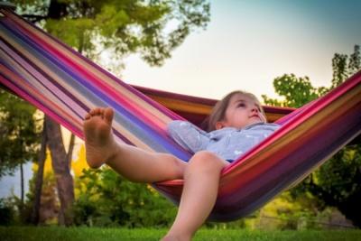 Як виростити дитину щасливою: 4 речі, від яких краще відмовитися