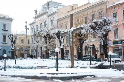 Що відповіли у Чернівецькій міськраді на е-петицію про демонтаж хреста з Центральної площі