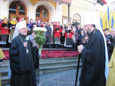 Візит Епіфанія на Буковину: що буковинці говорять про очільника ПЦУ