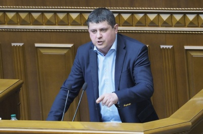 Телеканал NewsOne подав до суду на нардепа Бурбака