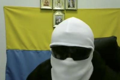 """СБУ затримала """"Білу балаклаву"""" за підготовку перевороту"""