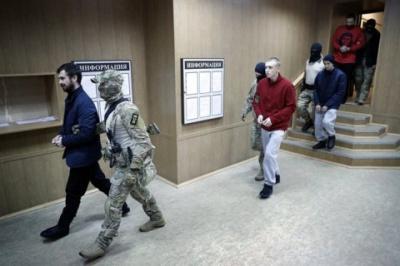 Московський суд залишив під арештом 20 захоплених українських моряків