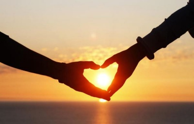 Як зрозуміти, що чоловік дійсно вас любить: 11 способів